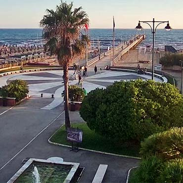 Information and images about Forte dei Marmi