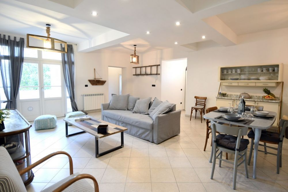 Foto principale Appartamento Rif.AF301