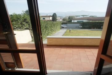 Main photo about Two/Three Family House Ref.AFS302 for weekly-rent located in Cinquale