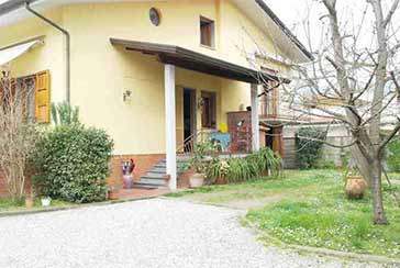 Main photo about Villa Ref.AF217 for seasonal-rent located in Cinquale