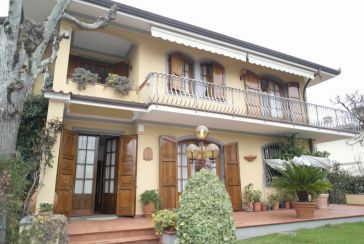Foto Villa Rif.AF275 Marina di Massa