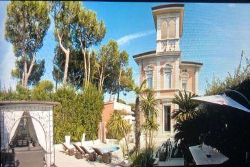 Foto Villa con Piscina Rif.AF116 in affitto-stagionale situato a Forte dei Marmi