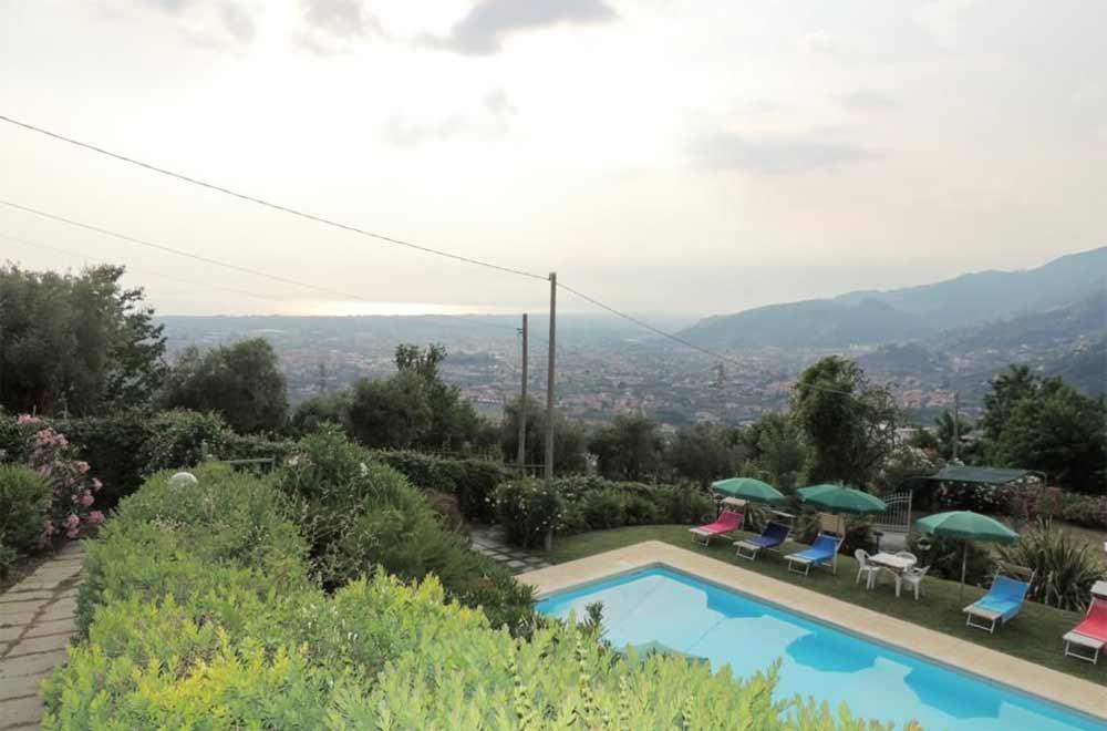 Foto Villa con Piscina Rif.AF249