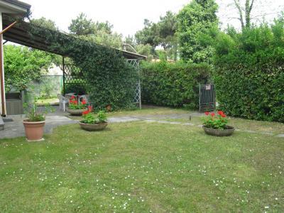Foto principale Casa Bi/Trifamiliare Rif.MC850