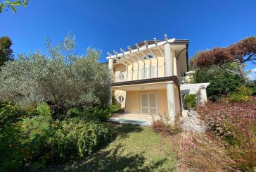 Main photo about Two/Three Family House Ref.F484 for sale located in Forte dei Marmi
