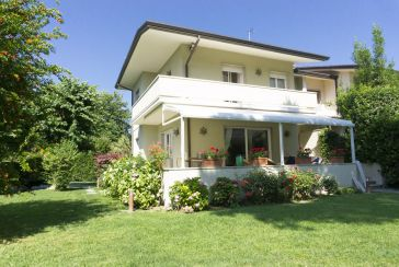 Main photo about Two/Three Family House Ref.F536 for sale located in Forte dei Marmi