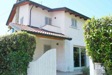 Foto Casa Bi/Trifamiliare Rif.MC842 in vendita situato a Cinquale