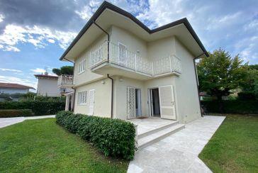 Photo about Villa Ref.F299 Forte dei Marmi