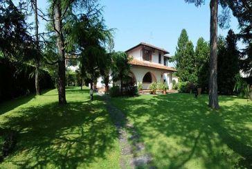 Photo about Villa Ref.F642 Forte dei Marmi