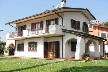 Photo about Villa Ref.F860 Forte dei Marmi