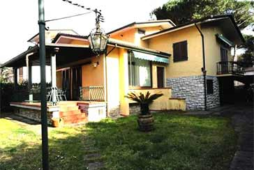 Main photo about Villa Ref.P319 for sale located in Marina di Pietrasanta