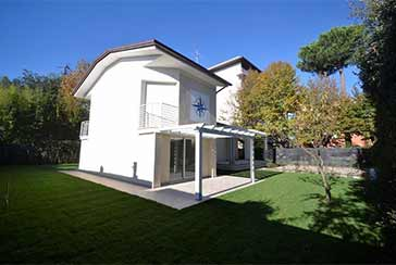 Main photo about Villa Ref.P355 for sale located in Marina di Pietrasanta