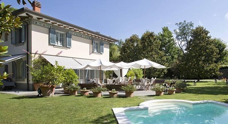 Foto principale Villa con Piscina Rif.F599