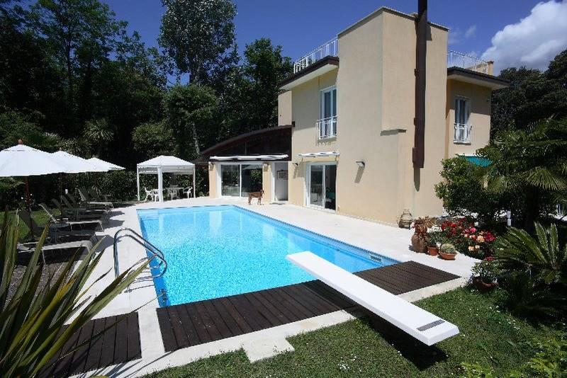 Foto principale Villa Rif.P352